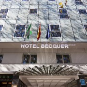 Hotel Bécquer - Fachada