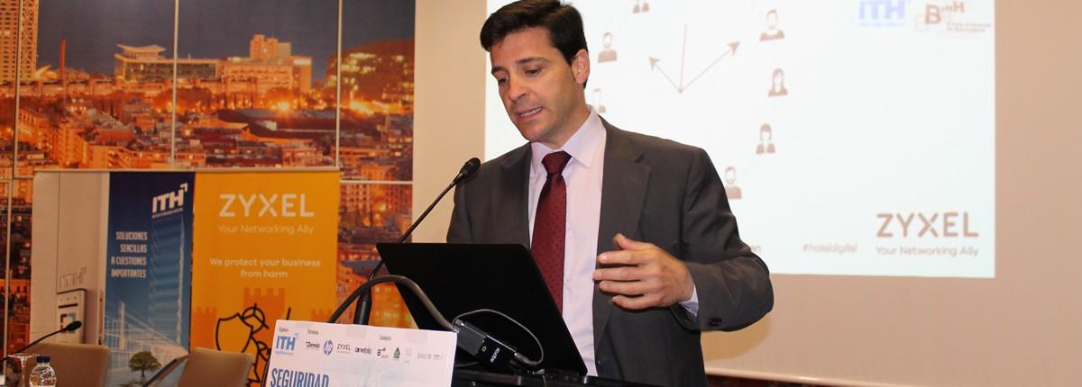 Ruperto García-Soto, ingeniero de preventa de ZyXEL Iberia
